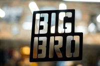"""Компания """"Big Bro"""""""